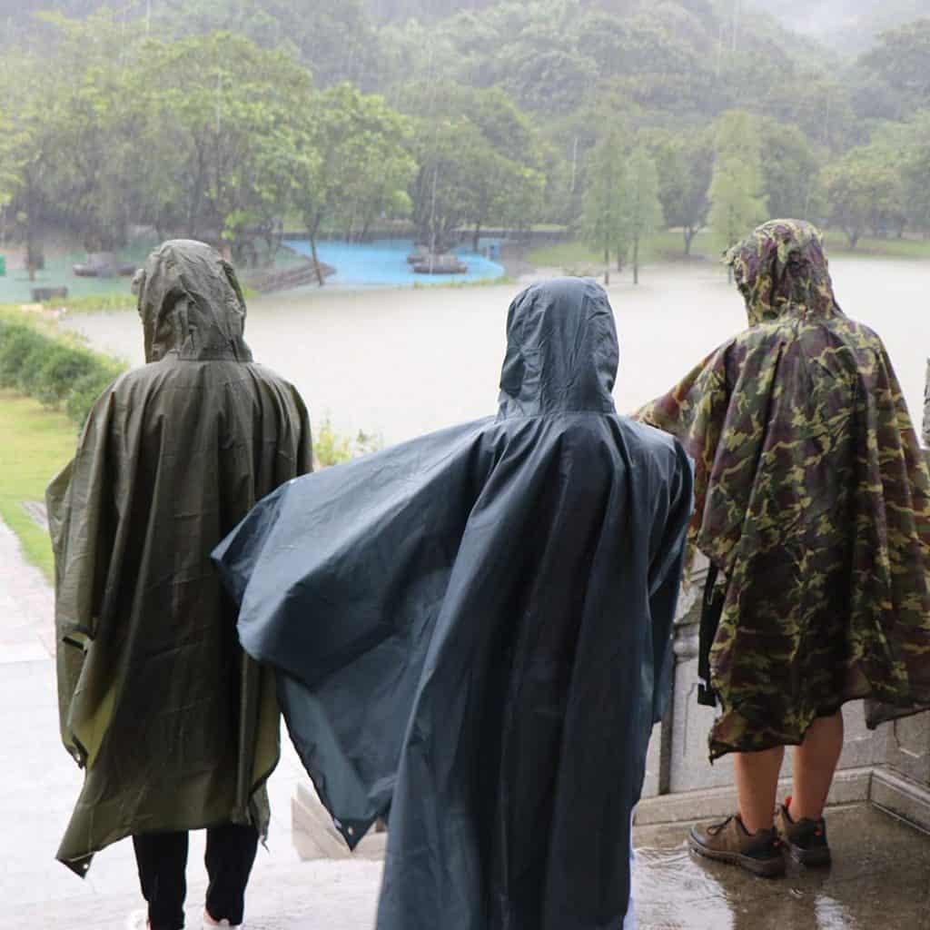 Anyoo waterproof rain poncho - photo 3